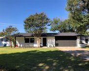 11827 High Meadow Drive, Dallas image