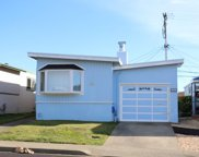 203 Lakeshire Dr, Daly City image