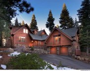 2104 Eagle Feather, Truckee image