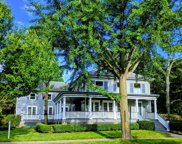 528 Maple Street, Winnetka image