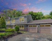 1 Kings Mountain Road, Freehold image