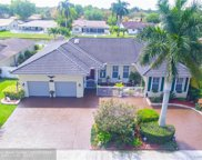 11246 Lakeview Dr, Coral Springs image
