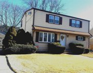 2545 Sycamore Ave, Wantagh image