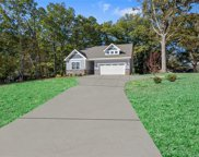 302  Isle Of Pines Road, Mooresville image
