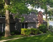7816 Nw Scenic Drive, Weatherby Lake image