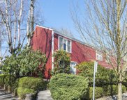 709 NW 20TH  AVE, Portland image