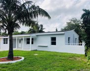 521 Ne 142nd St, North Miami image