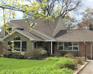 1716 Kendale Drive, Glenview image