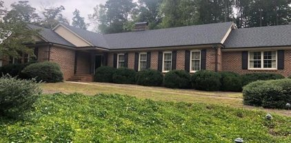 205 Annandale Drive, Cary