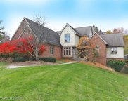 3850 Foxthorn CRT, Milford Twp image