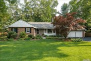 62 Plymouth  Road, Manhasset image