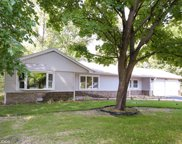 2930 Dundee Road, Northbrook image