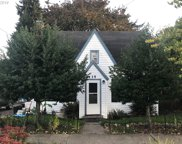 135 E CLAY  ST, Monmouth image