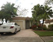 1208 Nw 170th Ave, Pembroke Pines image