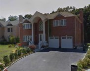 313 Fairway Dr, Farmingdale image