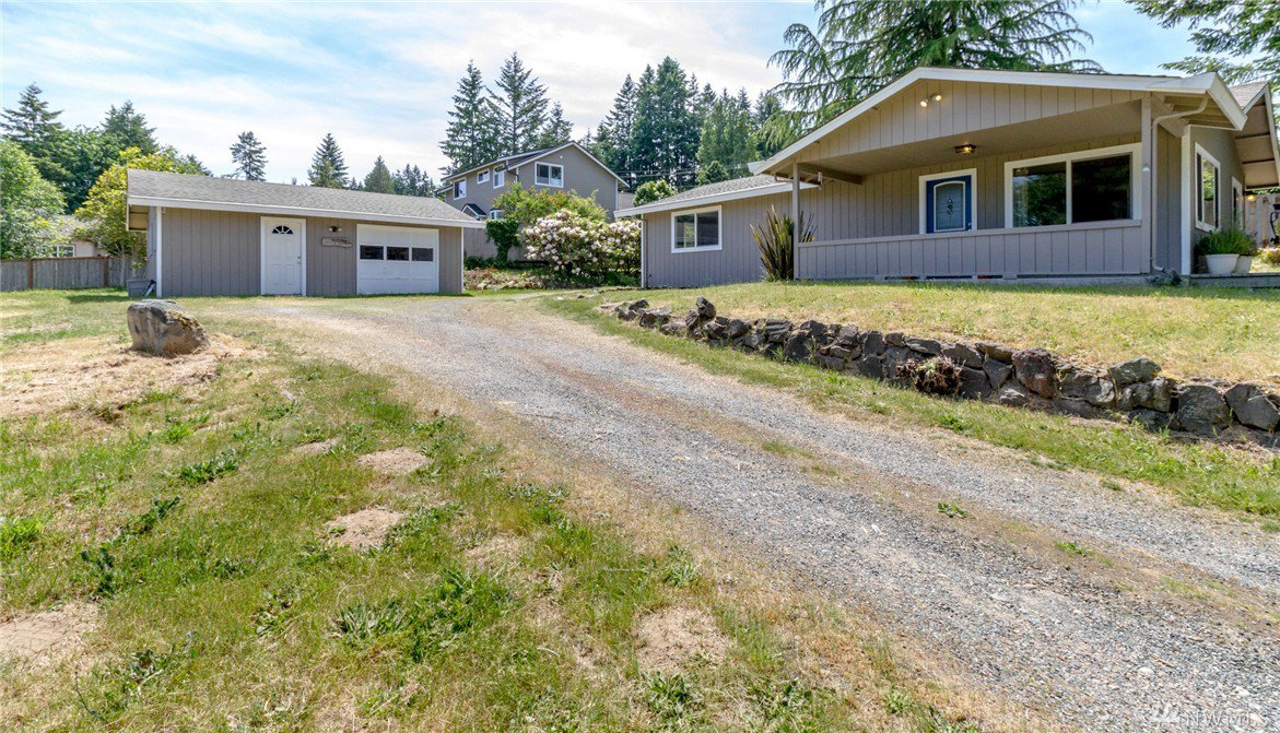 Mls 1140112 2910 64th st nw gig harbor wa 98335 in town for Living room 1008 vermont ave nw