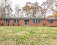 555 Gold Creek  Road, Mooresville image