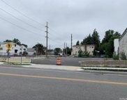 118 Covert  Avenue, New Hyde Park image