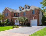 148 Tanners Pond  Road, Garden City image