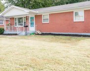 11811 Dearing Woods Dr, Louisville image