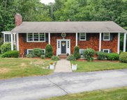 16 South Hills Drive, Bedford image