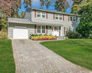 7 Pike  Court, Northport image