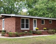 377  Wedgewood Drive, Mooresville image