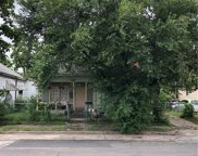 628 W 7th Street, Dallas image