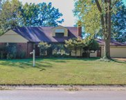 692 Applewood, St Louis image