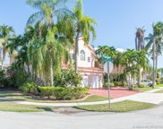 965 Nw 201st Way, Pembroke Pines image