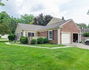 1530 KINGS COVE, Rochester Hills image