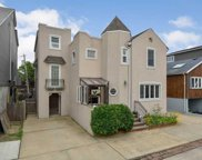 8 Curley St, Long Beach image