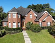 1692 W Stone Hedge Drive W, Mobile image