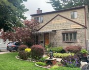 6 Garden Ct, Carle Place image
