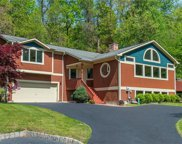 5 Hillary  Court, Chestnut Ridge image