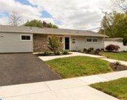 291 Oaktree Drive, Levittown image