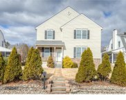 300 E Valley Forge Road, King Of Prussia image