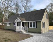 81 Lakeview, Dennisville image