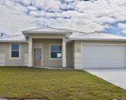 7043 Rich CIR, Labelle image