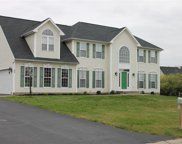 182 Millford Crossing, Penfield image