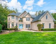3314 Burr Oak Lane, Island Lake image