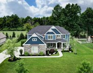 3952 Timber Valley, Maumee image
