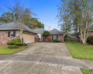 3909 Meadow Ridge Dr, Baton Rouge image