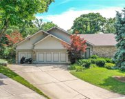 111 Ne Shoreview Court, Lee's Summit image