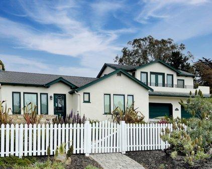 201 Crocker Ave, Pacific Grove