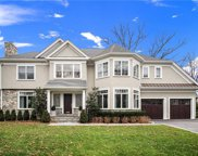 2 Harvest Drive, Scarsdale image
