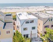 923 Oceanfront, Long Beach image