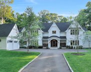 28 Northern Blvd, Oyster Bay Cove image