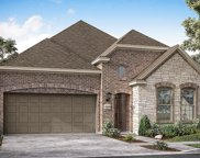 216 Glenwood Drive, Oak Point image