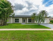 16623 Golfview, Weston image